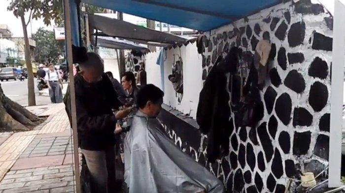 Seniman Rambut Garut Anggap Omong Kosong Niat Pemkab Garut Izinkan Tukang Cukur Mudik, Ini Sebabnya