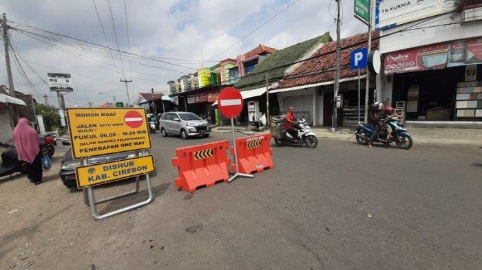 Kadishub KabupatenCirebonOptimistis Pemberlakuan One Way di 2 Ruas Jalan Sumber Berdampak Positif