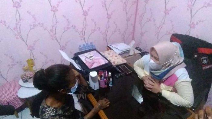 VIRAL Ibu Paksa Anak Mengemis di Lampu Merah Palembang, Setoran Kurang Anak Dipukul