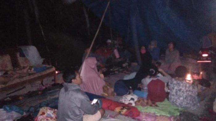 11 KK  Warga Terdampak Proyek KCIC di Purwakarta Dirikan Tenda, Protes Tak Dapat Ganti Rugi