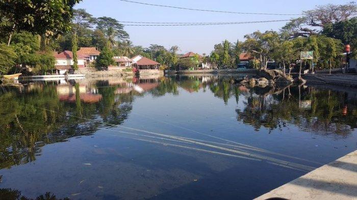 Sejenak Nikmati Telaga Herang, Danau Alami di Majalengka, Tapi Ingat di Tempat Ini Dilarang Sombong