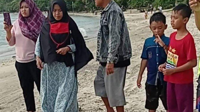 4 Wisatawan Tenggelam di Pantai Minajaya, Seorang Meninggal Dunia, Seorang Lagi Hilang