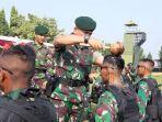 500-personel-satgas-yon-armed-9-dilepas-ke-daerah-rawan-di-maluku-utara.jpg