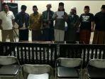 7-warga-majalengka-yang-lafalkan-azan-hayya-alal-jihad-berikan-pernyataan-maaf.jpg