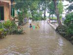 banjir-di-desa-leweunghapit1.jpg