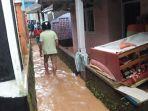 banjir-di-dusun-cibitung1.jpg