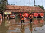 banjir-di-kantor-bpbd-kabupaten-indramayu-1212021.jpg