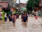 banjir-di-perum-pemda-karawang.jpg