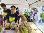 bazar-durian7.jpg