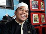 cerita-ustaz-ujang-asal-bogor-lolos-seleksi-menjadi-imam-masjid-di-uni-emirat-arab.jpg