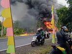 diduga-akibat-konsleting-listrik-sebuah-minibus-di-pangandaran-mengalami-kebakaran.jpg