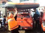 dua-perahu-karet-diterjunkan-untuk-pencarian-korban-hanyut-di-cisanggarung.jpg