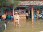 kantor-bpbd-indramayu-terendam-banjir-kamis-24220202.jpg