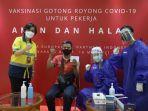 karyawan-ccep-indonesia-disuntik-vaksin.jpg