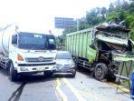 kecelakaan-beruntun-terjadi-di-tol-cipularang-5-kendaraan-saling-menabrak.jpg