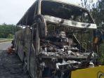kondisi-bus-yang-terbakar-di-km-214-tol-palikanci-jumat-6112020.jpg