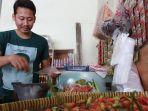 pedagang-di-pasar-baru-indramayu-12543.jpg
