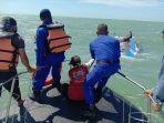 perahu-nelayan-di-indramayu-terbalik-dihantam-obak-besar-6-orang-berhasil-diselamatkan-1.jpg