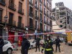 polisi-menjaga-jalan-toledo-setelah-terjadi-ledakan-di-pusat-kota-madrid.jpg