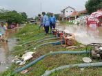 pompa-air-untuk-sedot-banjir-kabupaten-cirebon-1812021.jpg