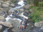river-tubing-cikadongdong-3.jpg