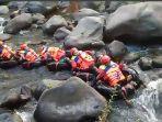 river-tubing-sarongghe.jpg