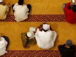 salat-berjamaah-di-masjid.jpg