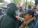 seorang-pendemo-di-majalengka-ditangkap-petugas-diduga-bakal-jadi-provokator.jpg