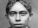 sosok-semaun-ketua-umum-pertama-partai-komunis-indonesia.jpg