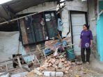 sudah-3-rumah-warga-rusak-akibat-tanah-ambles-di-kertasemaya-indramayu.jpg
