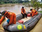 tim-sar-gabungan-masih-mencari-korban-tenggelam-di-sungai-cimanuk-majalengka24.jpg