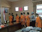 tujuh-anggota-xtc-pembacok-empat-orang-pria-di-sumedang-diringkus-polisi.jpg