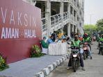 vaksinasi-massal-di-rumah-sakit-universitas-indonesiaa.jpg