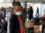 video-viral-atlet-dayung-maluku-telantar-di-bandara-pattimura-kadispora-hanya-terlambat-dijempu.jpg