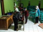 warga-ciangkrek-kabupaten-sukabumi-mengalami-keracunan-diduga-setelah-makan-ikan-cue.jpg