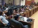 warga-pamaricankorban-gempa-2017.jpg