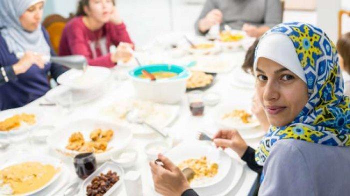 Tak Boleh Sembarangan, Begini Aturan Makan Ketika Sahur dan Berbuka Puasa Bagi Penderita Maag