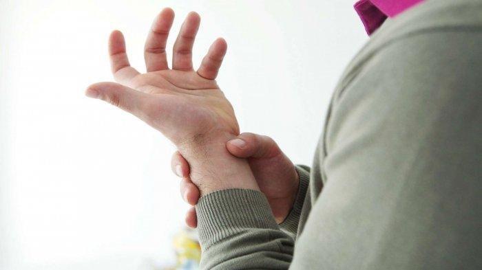 Ilustrasi tangan alami kram