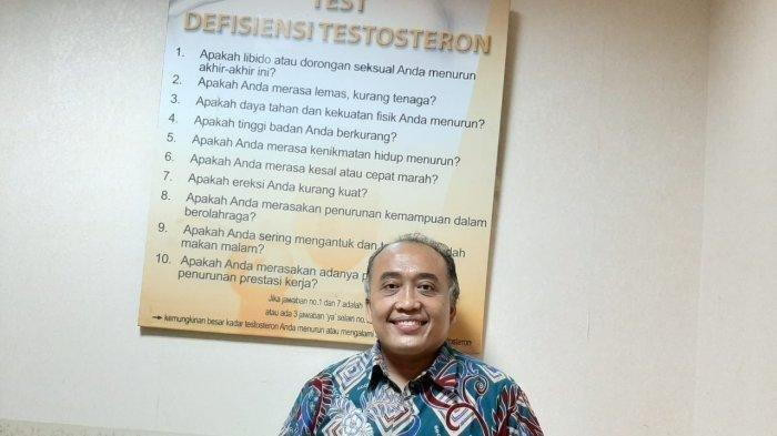 dr. Binsar Martin Sinaga FIAS, Medical Sexologist.