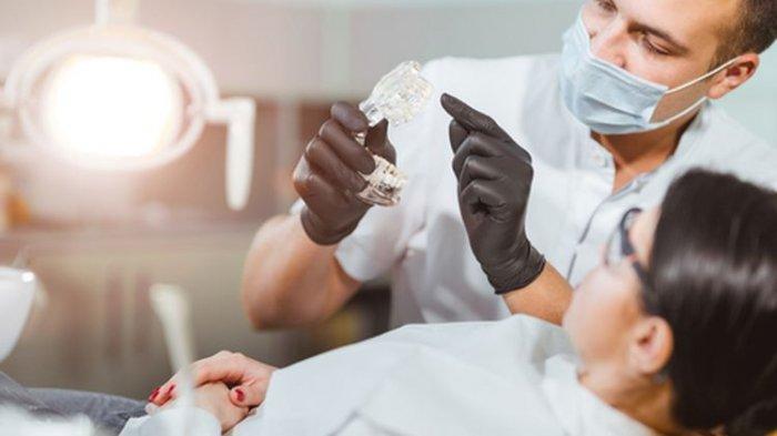 Apakah Kehilangan Gigi Depan Bisa Menyebabkan Kerusakan pada Gigi Lain Dok?
