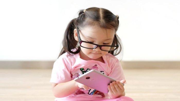 Psikolog Jelaskan Ciri-ciri dan Dampak pada Anak yang Ketergantungan Gawai atau Gadget