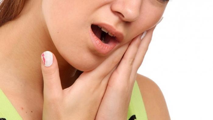 ilustrasi sakit gingivitis