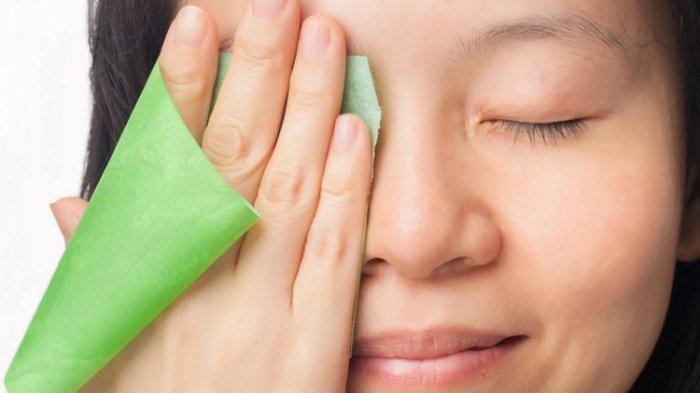 Perlu Tahu, Dokter Bagikan Manfaat Penggunaan Kertas Minyak Wajah