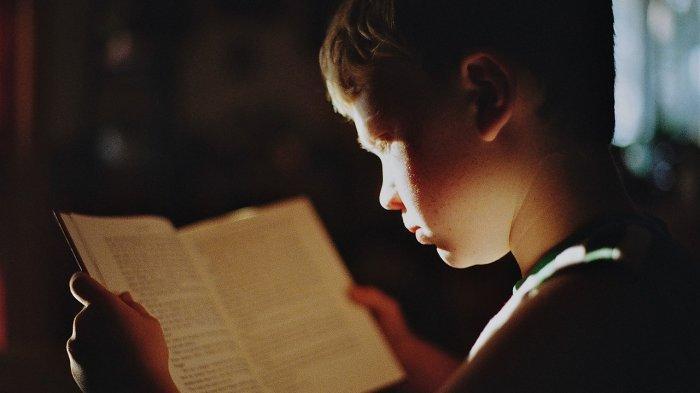 Anak Usia 6 Tahun Masih Sulit Membaca dan Berhitung, Apakah Tanda Disleksia? Simak Penjelasan Dokter