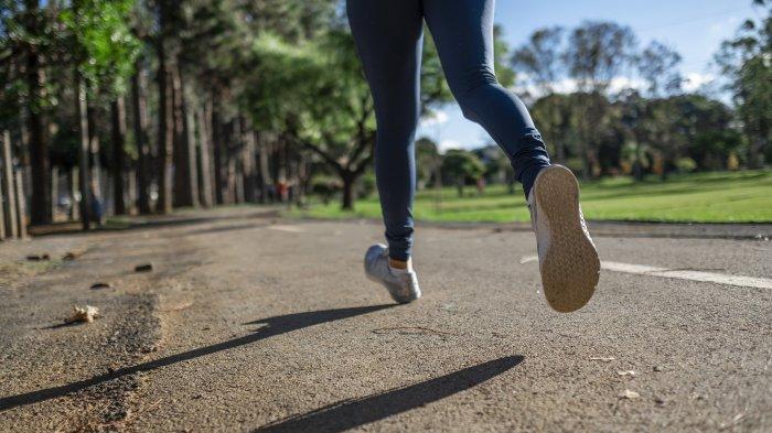 Rutin Berjalan Kaki Bisa Turunkan Risiko Kematian, Idealnya Berapa Langkah dalam Sehari?