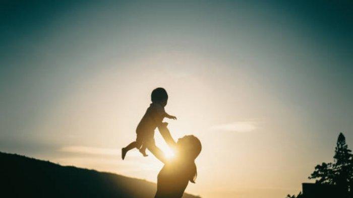 Ilustrasi ibu mengajak anak bermain sebagai tanda kasih sayang