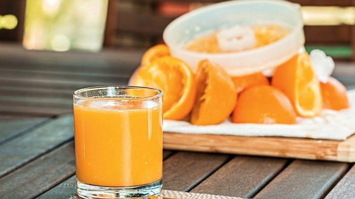 Mitos atau Fakta Penderita Radang Tenggorok Tidak Boleh Konsumsi Vitamin C? Ini Jawaban Dokter
