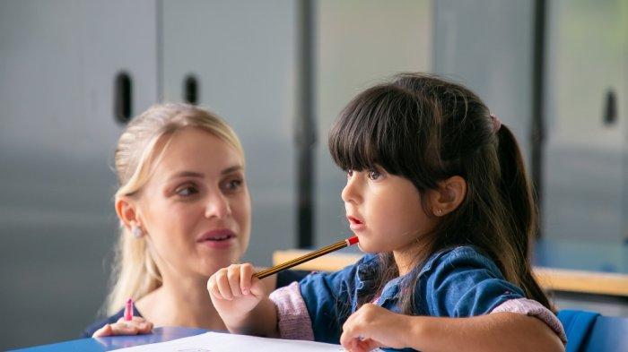 Tak Perlu Khawatir Anak Tak Kunjung Bisa Baca, dr. Wiyarni Pambudi, Sp.A Sarankan Beberapa Hal Ini