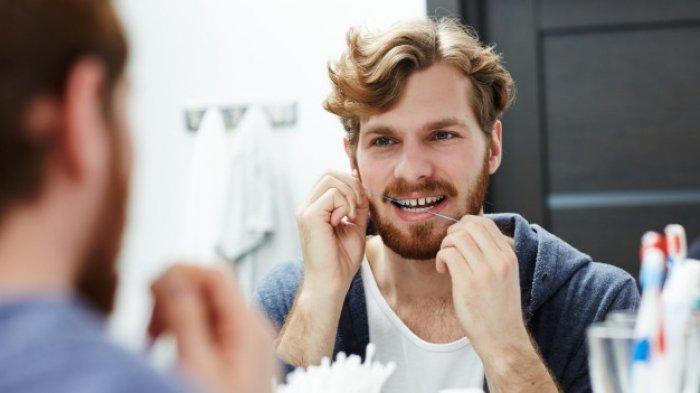 Gusi Berdarah saat Pertama Kali Lakukan Dental Floss, Lebih Baik Diteruskan atau Dihentikan?