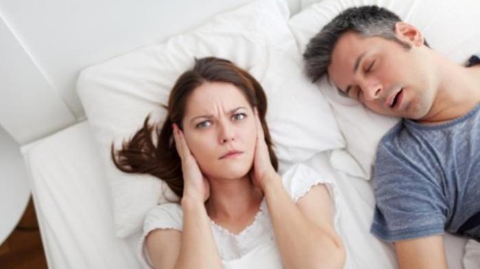 Ilustrasi mendengkur saat tidur,